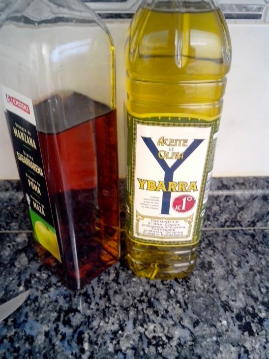 Aceite de oliva y vinagre, gazpacho