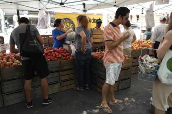 Mercado calle nueva york, fruta